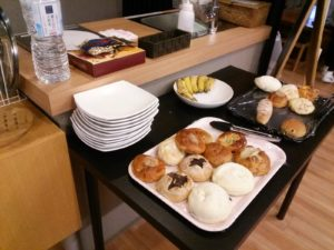 ドミトリーの朝食サービス