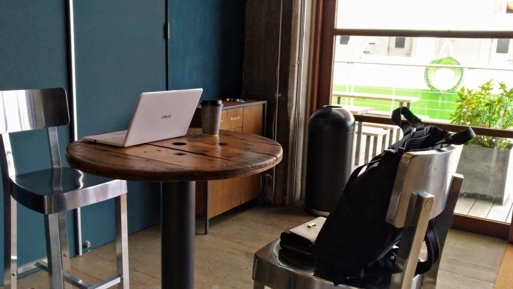 U2内のカフェYardcafe